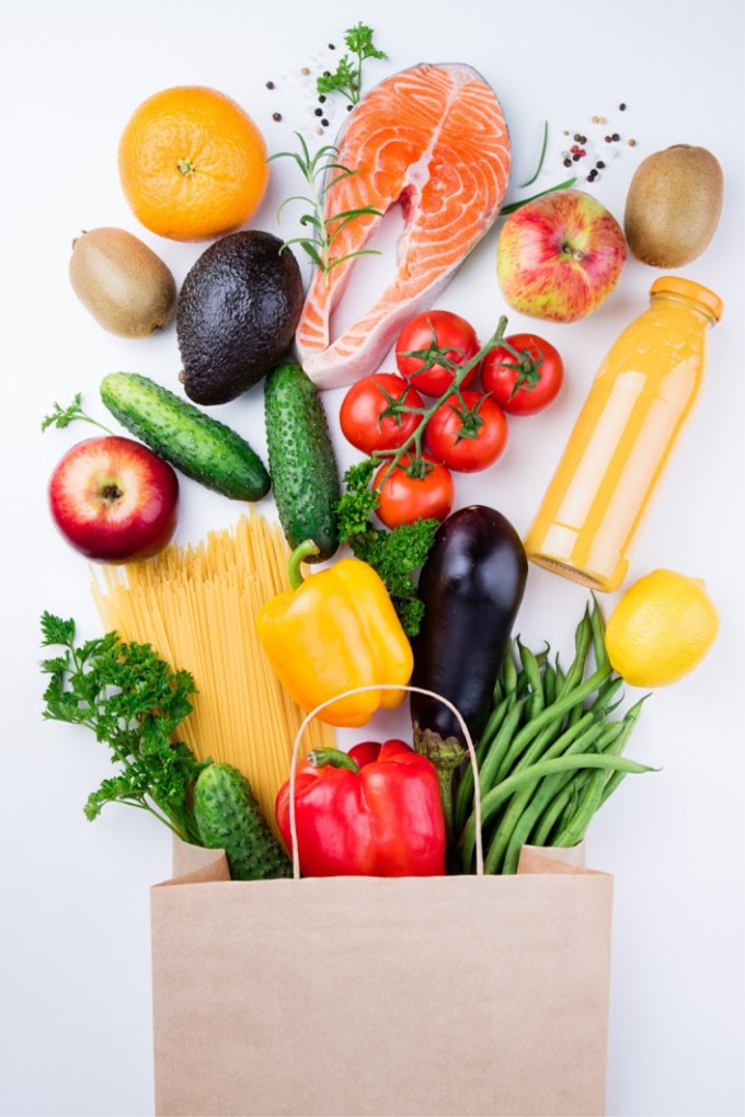 Healthy eating habits are important to maintaining your gains at the gym. Meal prep helps you to eat healthy while reducing stress about what to eat, because you've already planned ahead!