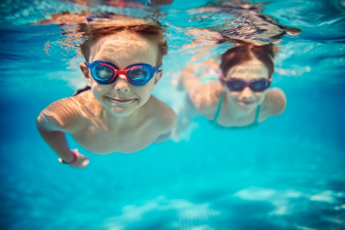 At New Milford Fitness & Aquatics Club, we are committed to teaching your child the water safety skills they need to be safe around water. Our swimming lessons run year round with certified and experienced instructors.